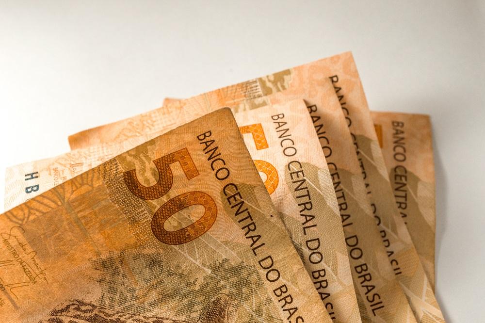 notas de 50 reais