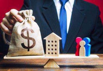 balança simbolizando como ganhar dinheiro com fundos imobiliários